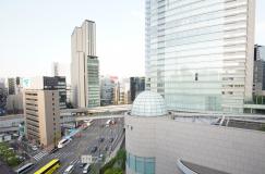 事務所周辺の風景。銀座へ徒歩1分!新橋駅徒歩3分!アクセス抜群です!