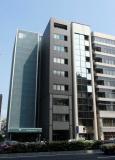 7月に移転した新しいオフィスです(真ん中の黒いビルです)。大門駅徒歩1分になります。